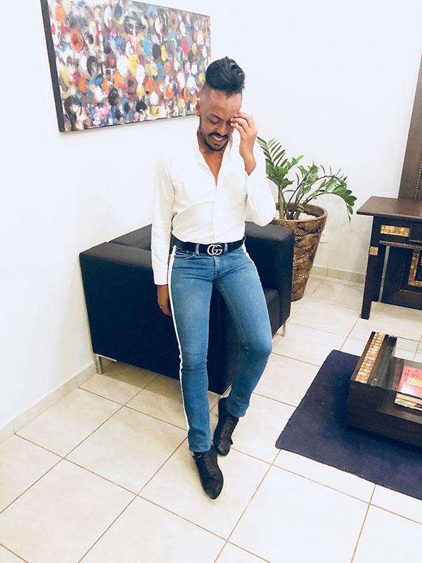 Jeans com faixa + camisa